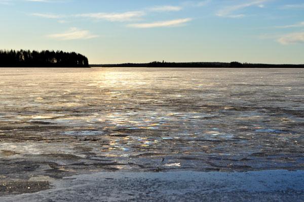 Frozenlakefinland